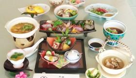 Kaiseki cuisine from local produce