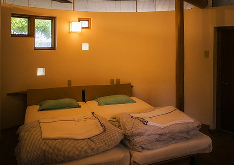 Rooms with the gentle warmth of wood