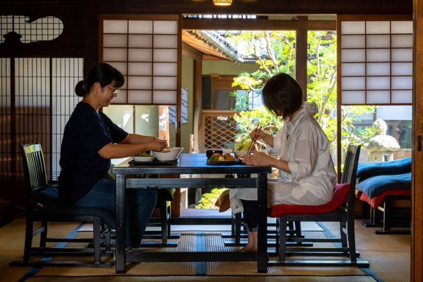 Enjoy meal and slow time in our old Japanese folk house.